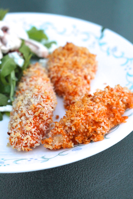 Buffalo Chicken Fingers | thedomesticblonde.com