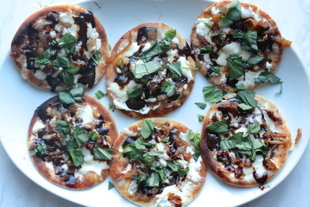 Goat Cheese, Caramelized Onion & Balsamic Reduction Mini Pizzas | thedomesticblonde.com
