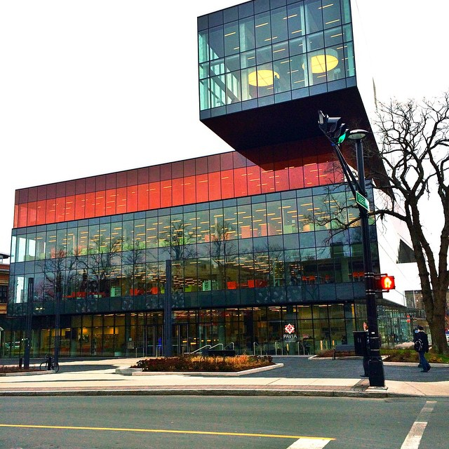 Morning pre-meeting pit stop at #Halifax's brand new library. @unputdownablebc