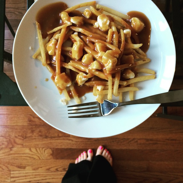 Blah blah blah #royalbaby and homemade #poutine #ontheblog right now!!! #linkinprofile 🍴