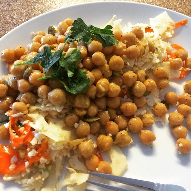 My attempt at copying @cloverfooddrink's chickpea and cauliflower salad! Got most of it down but I think the chickpeas should be roasted?